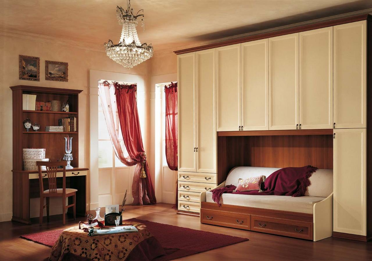 Camere da letto classiche cagliari classic night for Armadio camera da letto arte povera